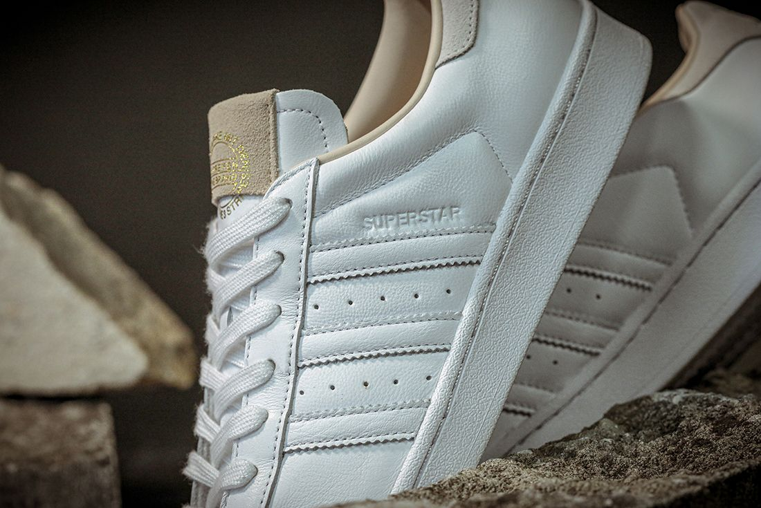 Adidas Superstar Home Of Classics Stripe Detail Angle