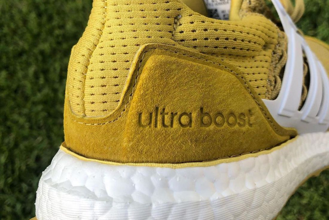 Extra Butter x Happy Gilmore x adidas UltraBOOST 'Gold Jacket'