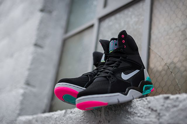 Nike Air Command Force Spurs 5