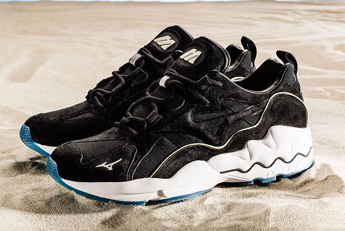 Mizuno Wave Rider 1 Seashore Black