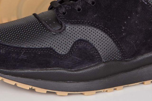 Nike Air Safari Deconstruct Black Gum 2