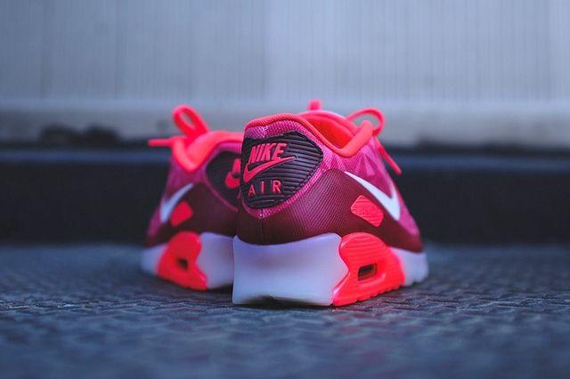 Nike Air Max 90 Ice Laser Crimson 3