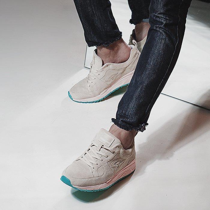 Sapato X Kanga Roos D147