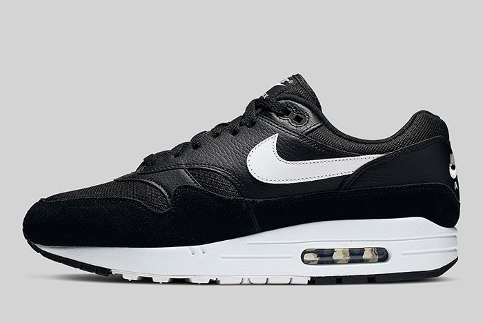 Nike Air Max 1 Black And White Ah8145 014 Side Shot 4