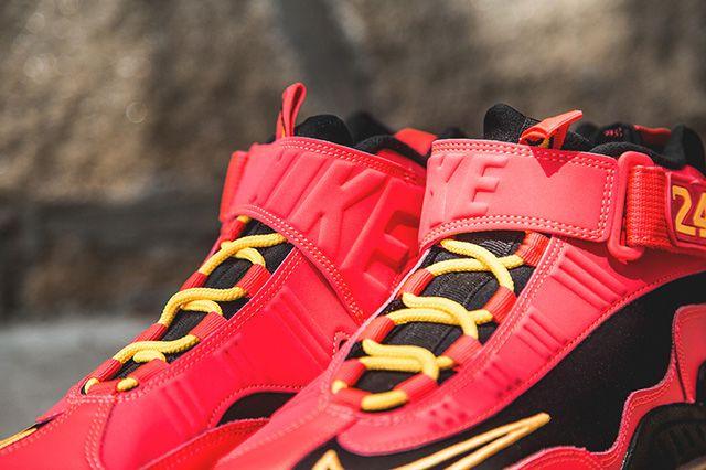 Nike Air Griffey Max 1 Laser Crimson 2