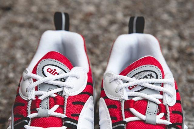 Nike Air Max 98 Uni Red Bump 3