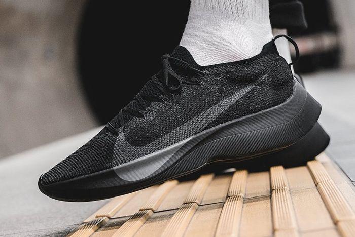 Nike Vapor Street Triple Black 3