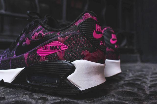 Nike Air Max 90 Jcrd Mulberry Fuschia 4