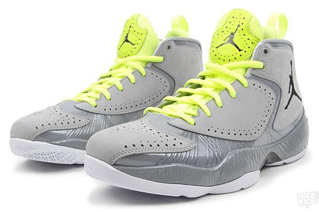 Air Jordan 2012 Wolf Grey 2 1