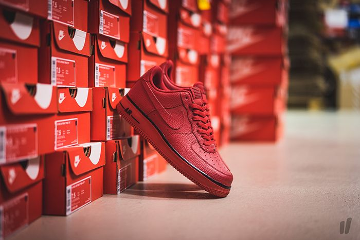 Nike Air Force 1 Pivot Pack Gym Red