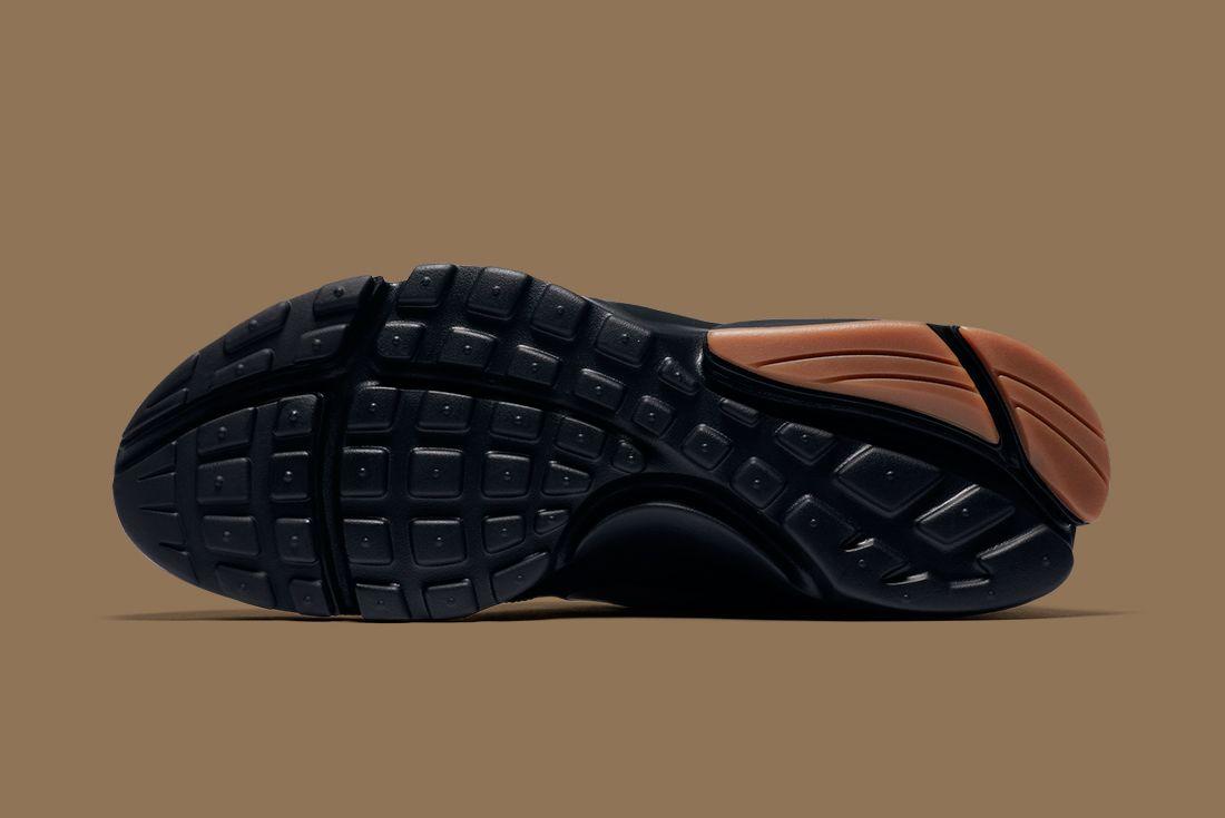 Nike Black Gold Pack 18