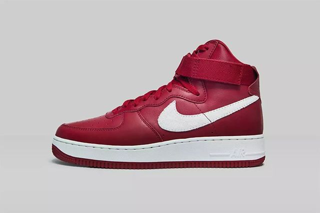 Nike Air Force 1 High Nai Ke Gym Red 01