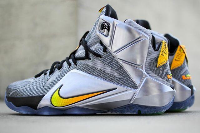 Nike Le Bron 12 Wolf Grey Birght Citrus 1