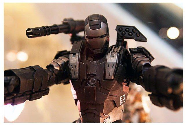 Hot Toys Iron Man 2 4 1