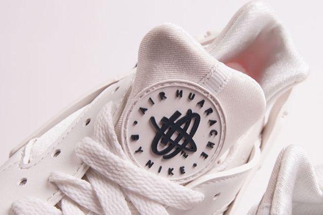 Nike Air Huarache White Grey Crimson 1