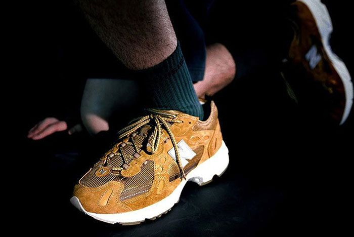 Thisisneverthat New Balance 827 Brown On Foot