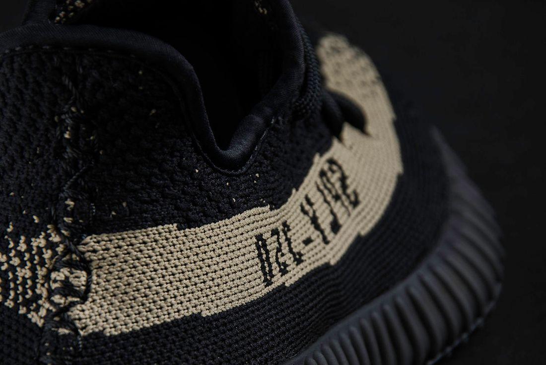 Adidas Yeezy Boost 350 V2 11