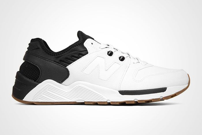 New Balance 009 White Black Thumb