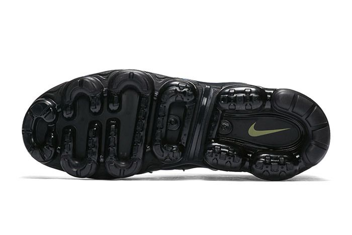 Nike Vaormax Plus Hyper Blue 3
