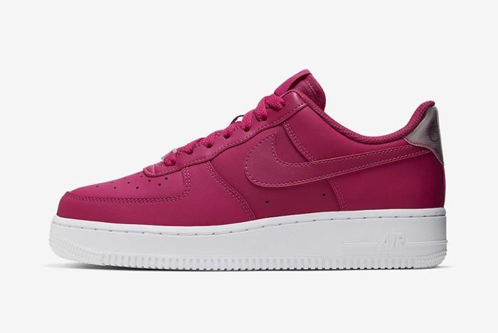Nike Air Force 1 Cherry Lateral
