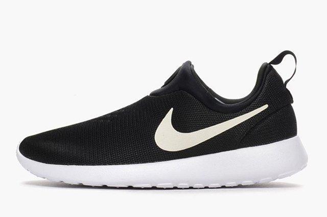 Nike Roshe Run Slip On Black White 4