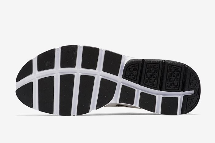 Nike Sock Dart Grey 1