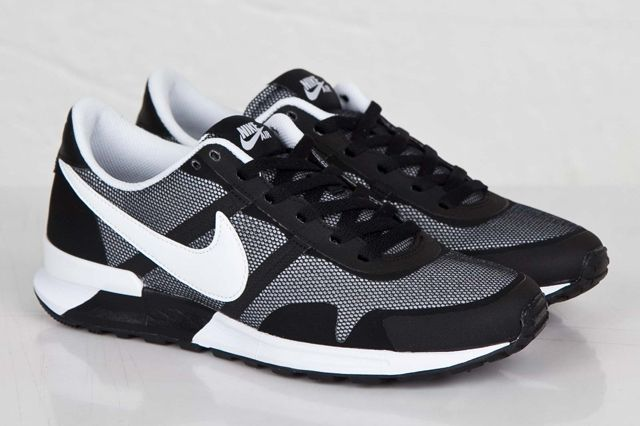 Nike Air Pegasus 83 30 Black White 4