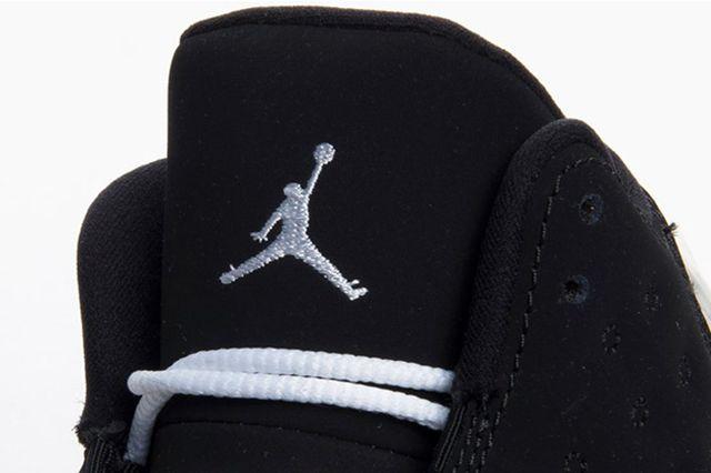 Air Jordan 13 Black Hyper Pink 4