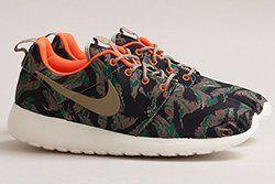 Nike Roshe Run Print Medium Olive Thumb