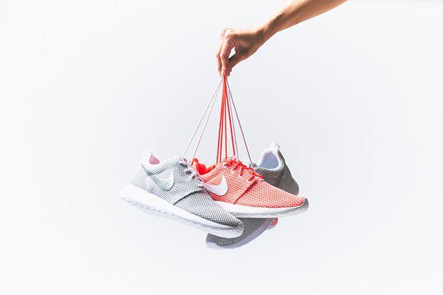 Nike Roshe Run Wmns Releases