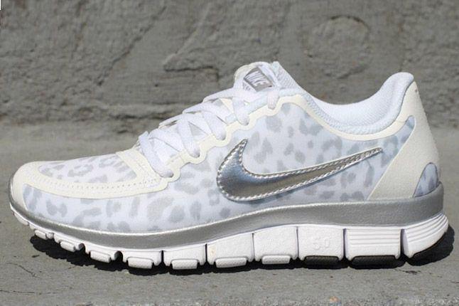 Nike Free 5 0 V4 Leopard Pack Wolf Grey Profile 1
