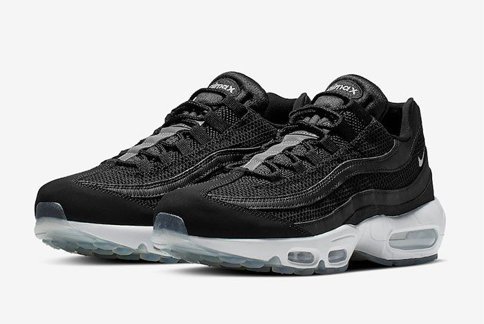 Nike Air Max 95 749766 040 Release Date Side Shot Pair