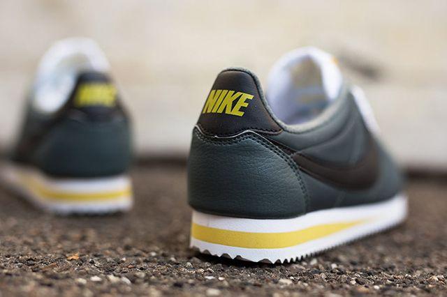 Nike Cortez Nylon Greyblackwhite 1