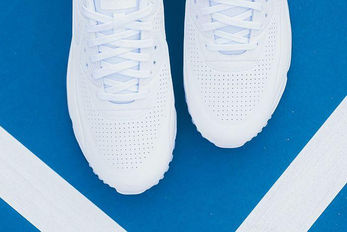 Nike Air Max 90 Ultra Moire Triple White 2