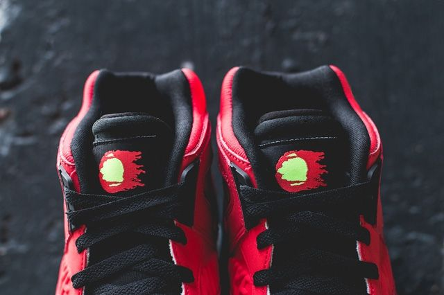 Nike Air Tech Challenge Hybrid Chilling Red 3