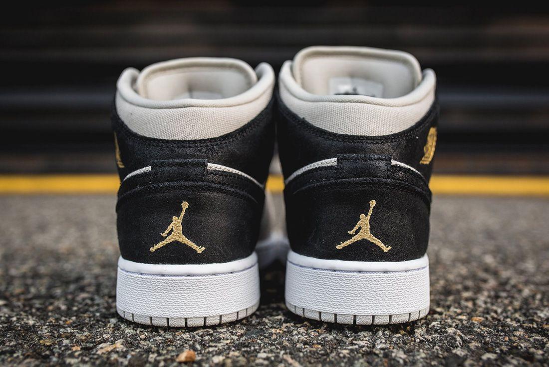 Air Jordan 1 Mid Bg Light Bone Metallic Gold3