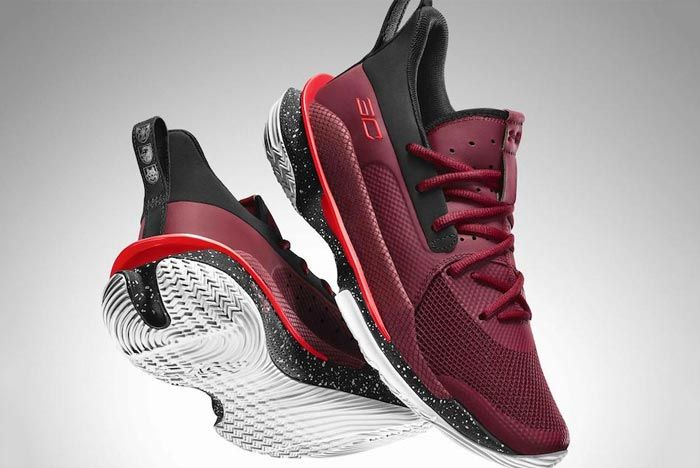 Under Armour Curry 7 Pair