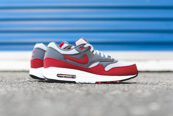 Nike Am1 Wolf Greygym Red 2