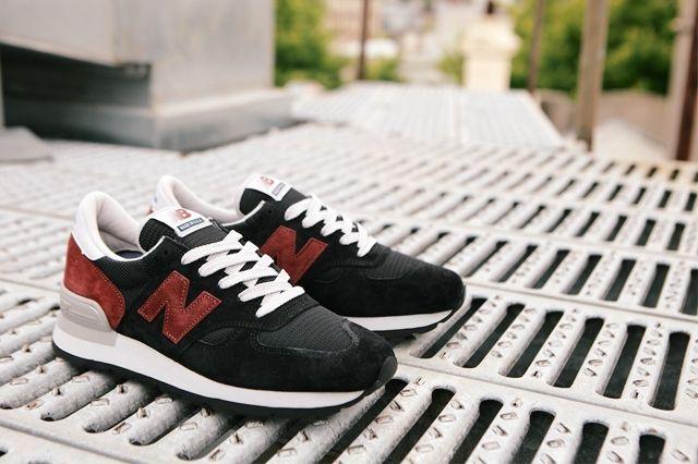New Balance 990 Black Burgandy 3