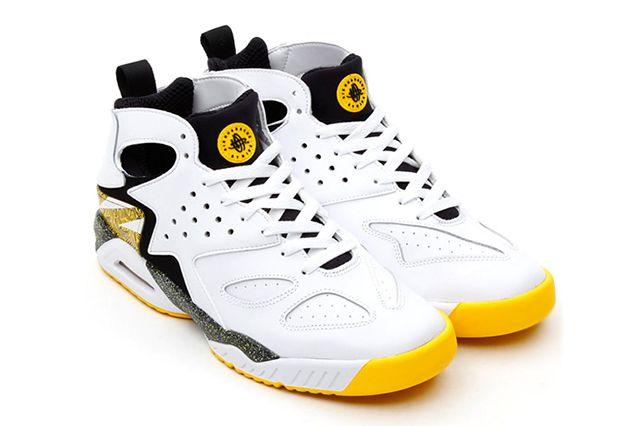 Nike Air Tech Challenge Huarache Og Black Tour Yellow 3