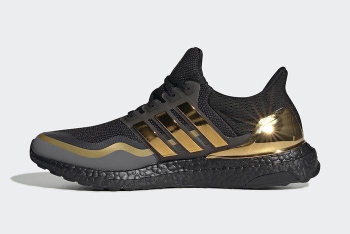 Adidas Ultraboost Black Metallic Gold Medial