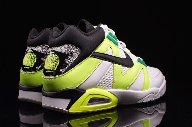 Nike Air Tech Challenge Iii Og Volt 2