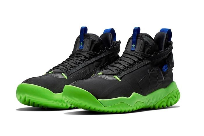 Jordan Proto React Black Green Release Three Quarter Shot