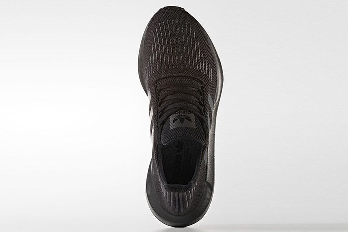 Adidas Swift Run Triple Black 2