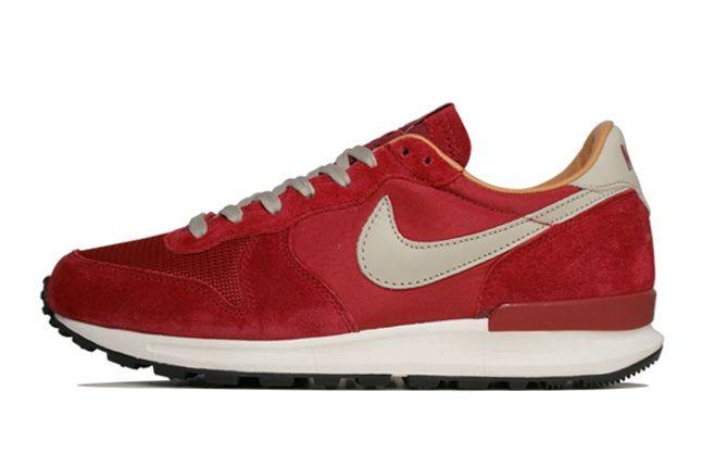 Nike Air Solstice Red Profile 1