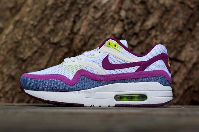 Nike Wmns Air Max 1 Breeze Bright Grape