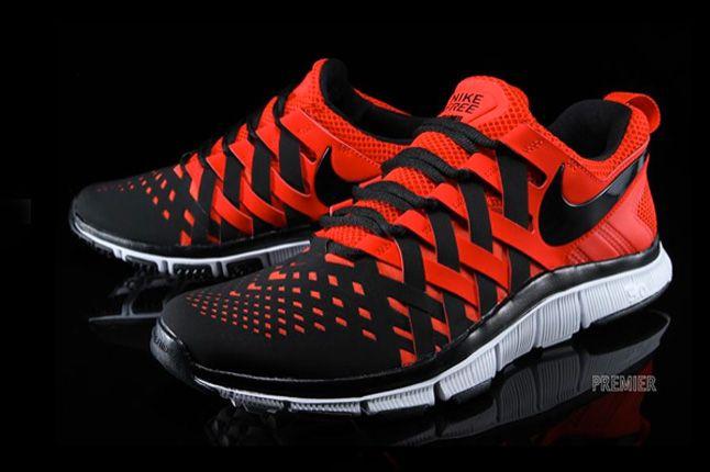Nike Free Trainer Pimento Quarter Pair 1