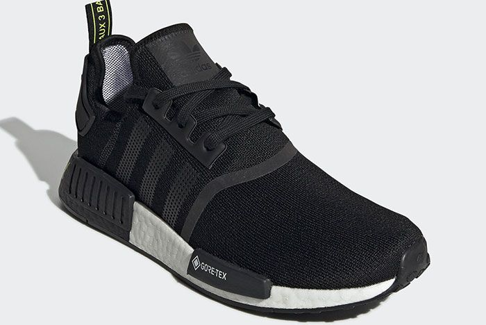 Adidas Nmd R1 Gore Tex Ee6433 Front Angle