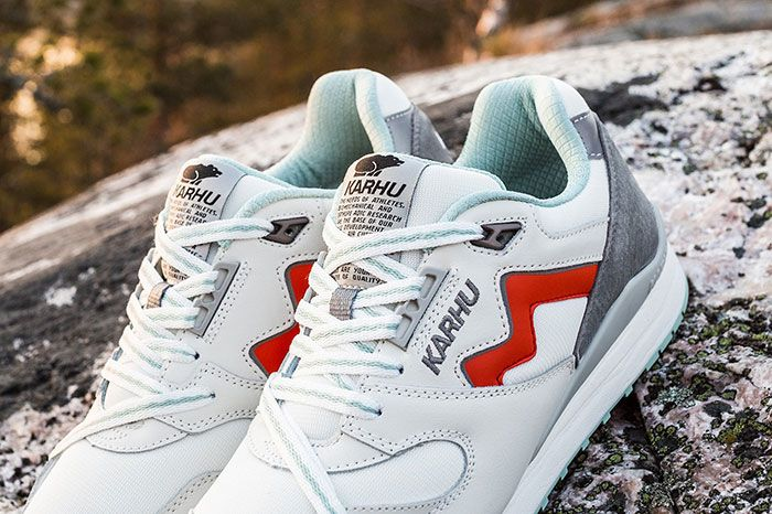 Karhu Land Of The Midnight Sun Synchron Detail