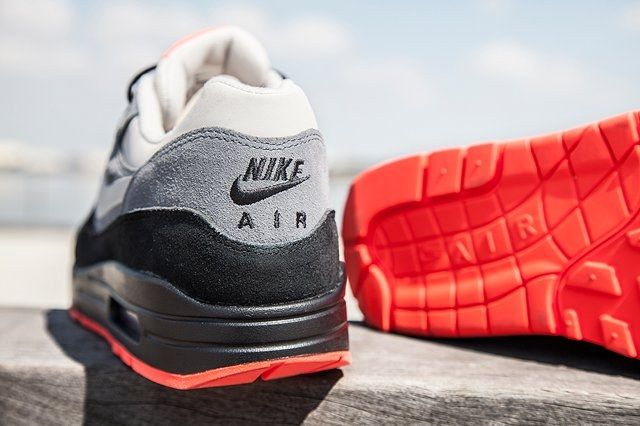 Nike Air Max 1 Granite Fl Bump 4